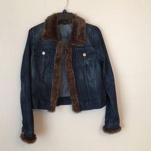 Must Have Jean Jacket with faux fur collar & cuffs